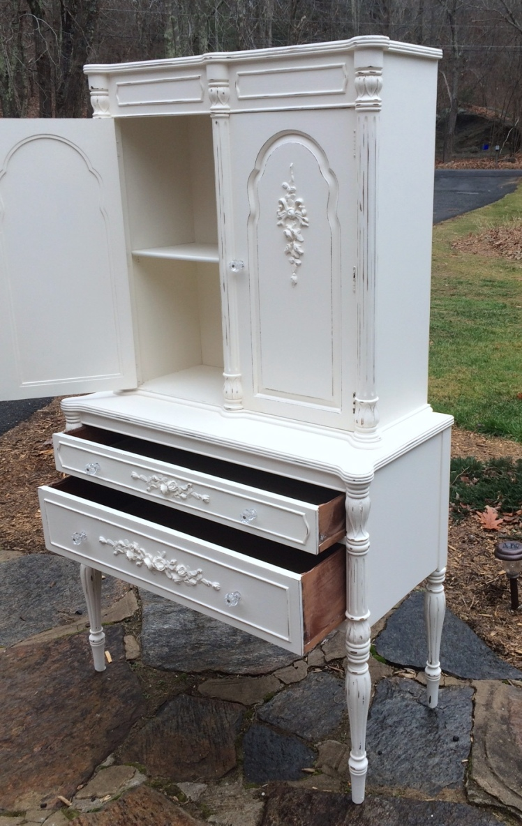 White painted linen press